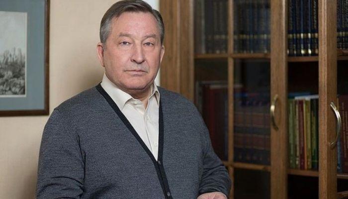 Бывший губернатор края Александр Карлин за год заработал 6,4 млн рублей