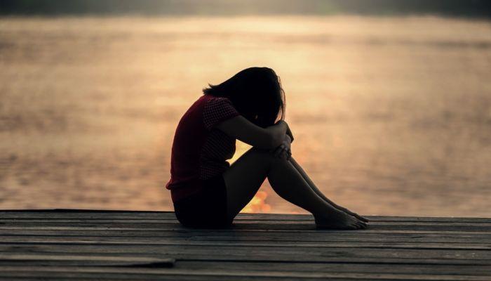 Боятся психиатров: почему алтайские подростки совершают суициды