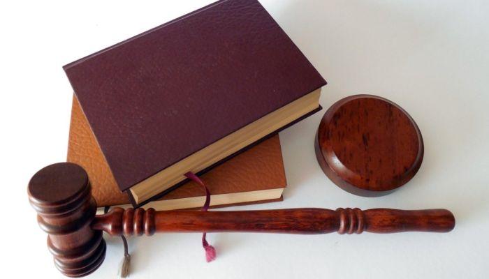 На барнаульскую школу, где травмировалась ученица, подали в суд