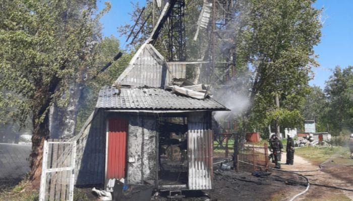 Стали известны подробности пожара на скалодроме в парке Изумрудный