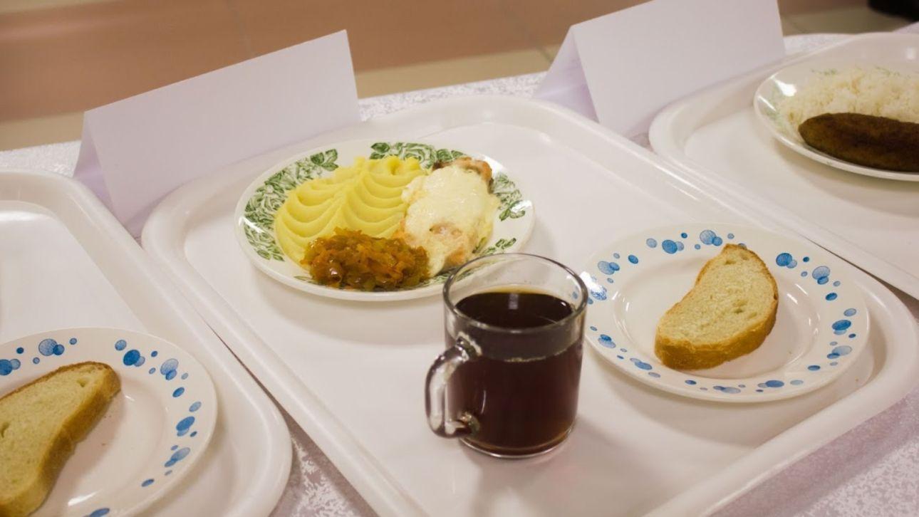 Не 42, а 52: Костенко уточнил, сколько будет стоить питание младшеклассников