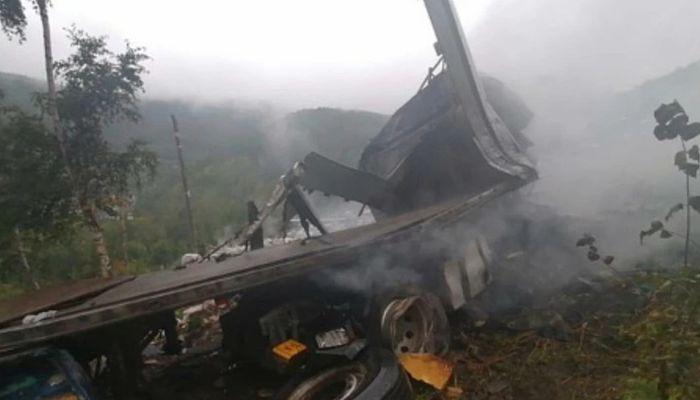 Дальнобойщик из Барнаула погиб в ДТП на федеральной трассе Байкал