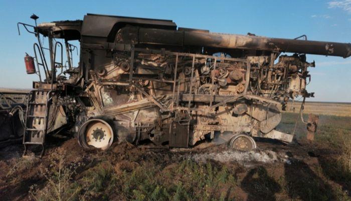 Ущерб на 50 млн: в Курьинском районе неизвестные сожгли комбайны