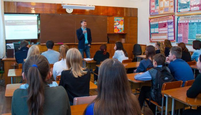 В Алтайском крае часть школьников будет учиться во вторую смену