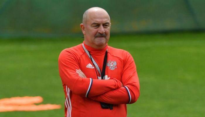 Главный тренер сборной России объяснил невызов в нее алтайского футболиста