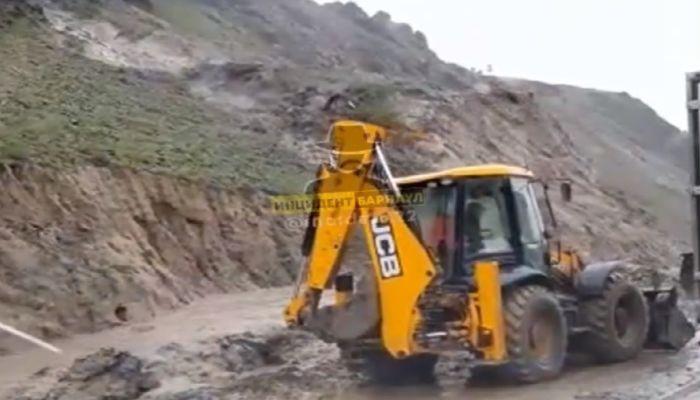 Последствия стихии: сильный селевой поток сошел с алтайской горы