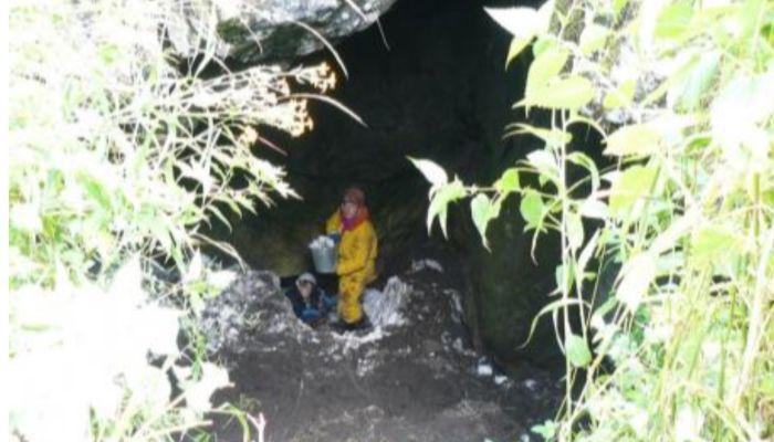 Спелеологи обнаружили опасную пещеру в горах Алтая