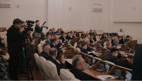 Взятие парламента: алтайские промышленники готовы пулом пойти на выборы в АКЗС