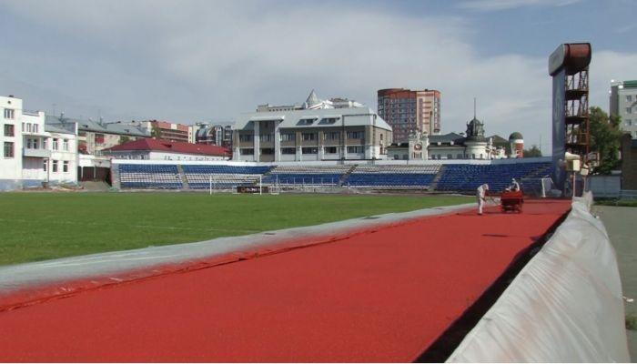 Хватит на 10 лет: на барнаульском стадионе Динамо обновили беговые дорожки
