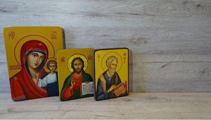 Бийчанин украл иконы из дома пенсионерки и сдал их в ломбард