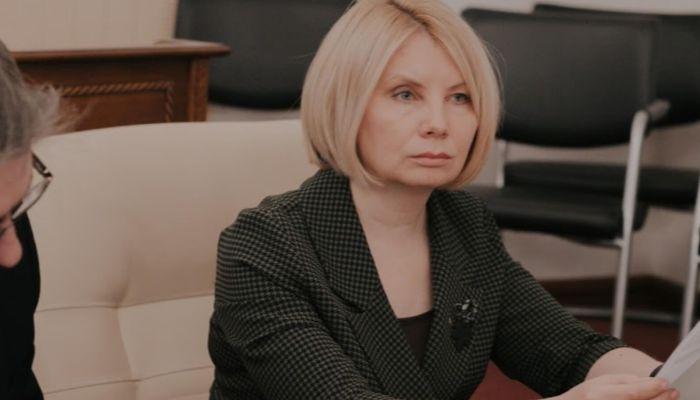 Краевой детский омбудсмен оправдалась за доклад, который разгромили депутаты
