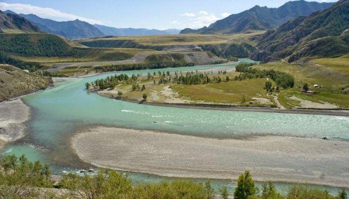 Алтай признали одним из самых популярных мест для отдыха в России