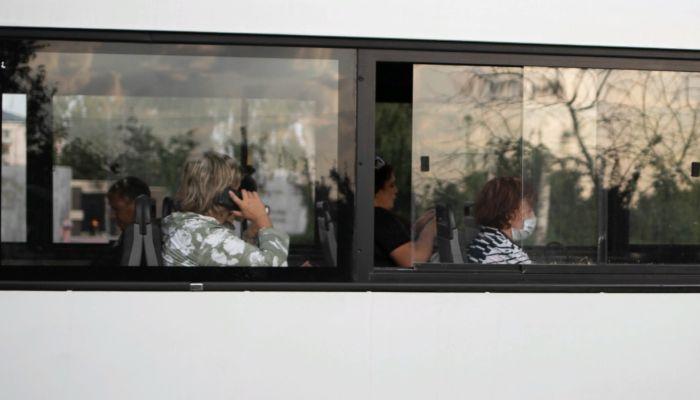 Водитель маршрутки в Барнауле высадил детей, увидев инспекторов ДПС