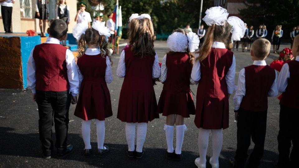 """Почему """"ковидные"""" меры в школах создают ощущение бессмысленности и чем вредят"""
