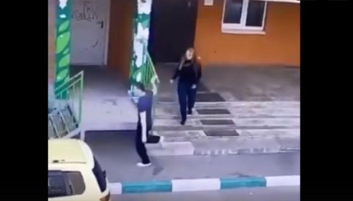 Два опасных преступника сбежали из-под стражи в Сибири