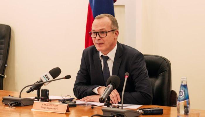 Вице-премьер алтайского правительства Игорь Степаненко займет кресло Долговой