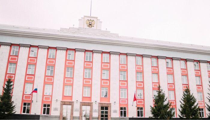 Китайский рынок и вокзал в Бийске: алтайские власти избавляются от балласта