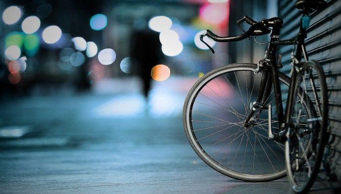 Велосипедист погиб под колесами автомобиля в Камне-на-Оби