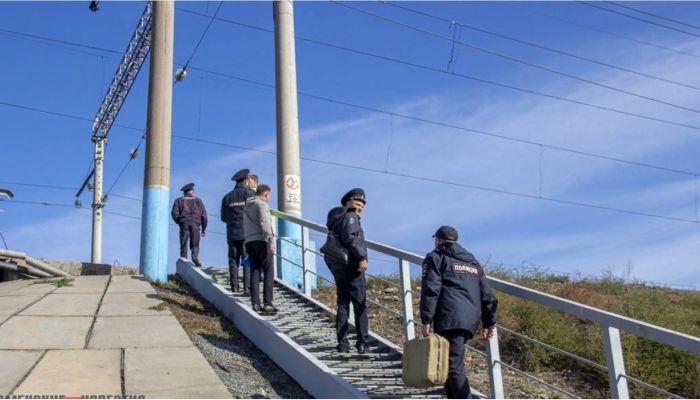 Товарный поезд сбил подростка в Алтайском крае