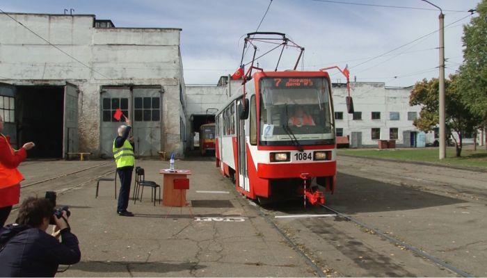 Как в Барнауле выбирали лучшего водителя трамвая