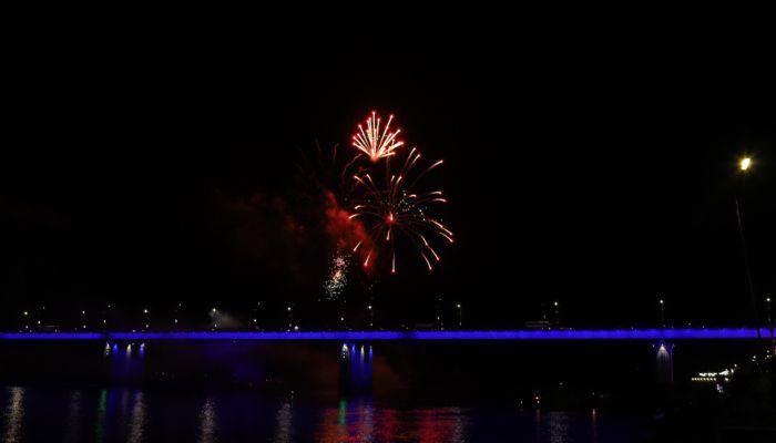 День города в Барнауле завершился грандиозным фейерверком