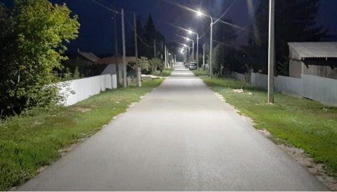 Освещение и тротуар сделали в барнаульских поселках