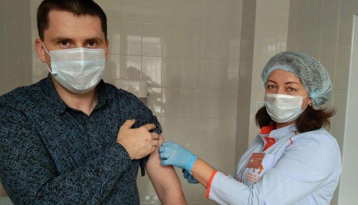 Прививки от гриппа поставили более 400 тысяч жителей края