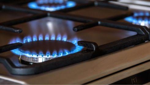 С июля 2021 года в России повысят тарифы на газ и электроэнергию