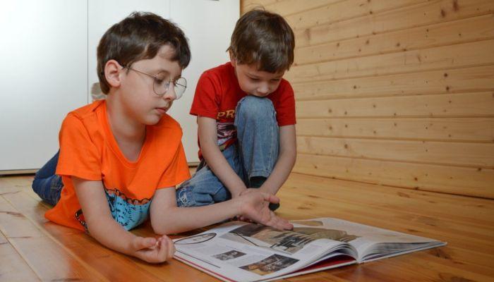Пока, школа: московских школьников отправляют на длинные каникулы