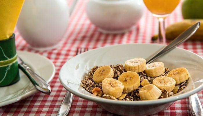 Елена Малышева назвала суперпродукты, которые могут снизить холестерин