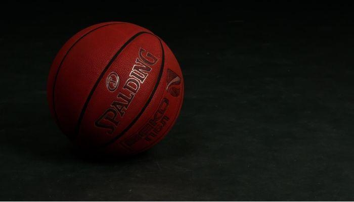 В баскетбольном клубе Барнаул выявили двух зараженных коронавирусом