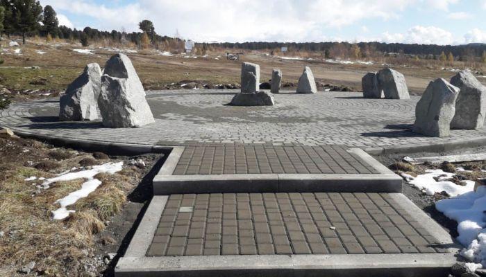 На Семинском перевале реставрируют обелиск в честь дружбы с Россией