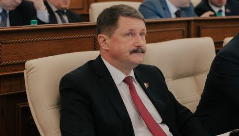 Два алтайских депутата схлестнулись из-за назначения нового бизнес-омбудсмена