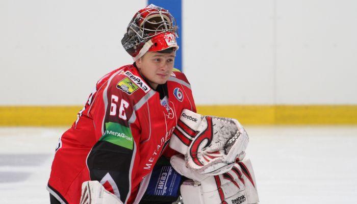 Играл в КХЛ: хоккейный клуб Динамо-Алтай нашел вратаря после гибели Орехова