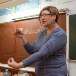 В алтайской школе каждый третий педагог заболел коронавирусом