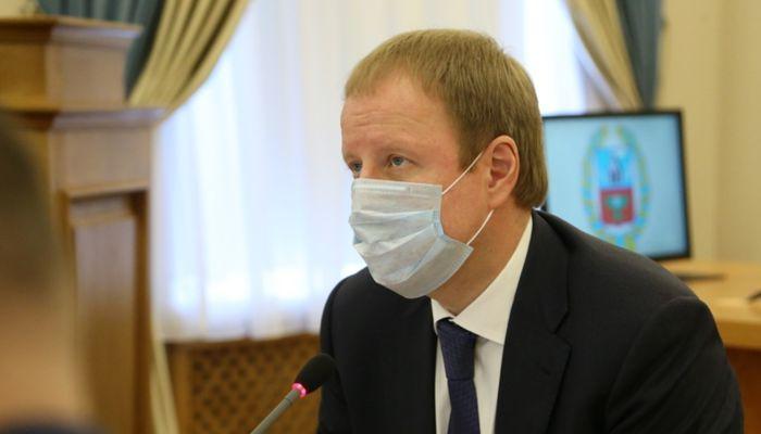 Томенко признал дефицит лекарств в аптеках и лично обратится к аптечным сетям