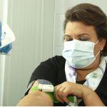 В Барнауле поставили вторую часть вакцины от COVID