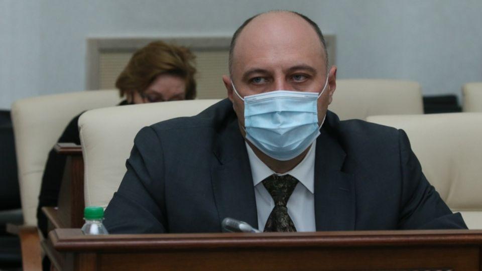 На Алтае потратят дополнительно до 800 млн рублей на минимальные зарплаты