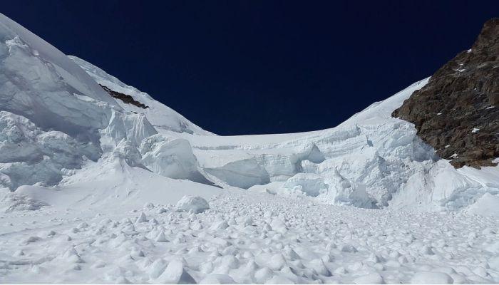 Тело второго сотрудника охоткомитета нашли под лавиной на Алтае
