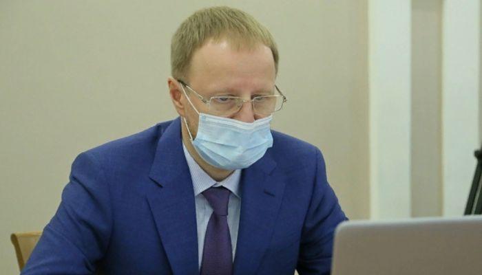 Главврачи ковидных госпиталей рассказали Томенко об огромном расходе кислорода
