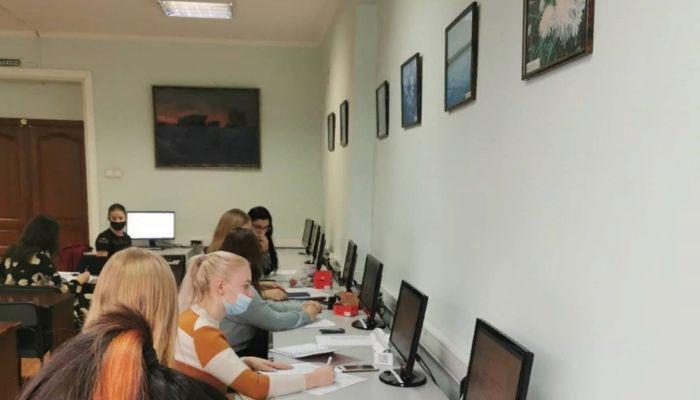 В посте о новом кол-центре ректор АГПУ слила данные пациента, но потом убрала