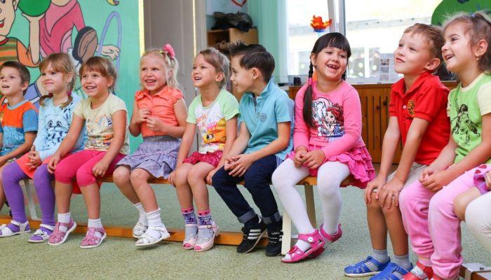 Министр Костенко: Детские сады в Алтайском крае не закроют