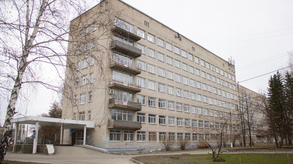 """203 человека заболели, 364 """"тяжёлых"""": о коронавирусе на Алтае на 22 октября"""