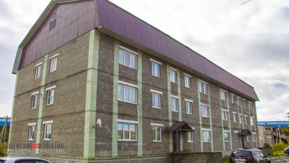 Алтайский СКР возбудил дело из-за некачественного жилья для детей-сирот