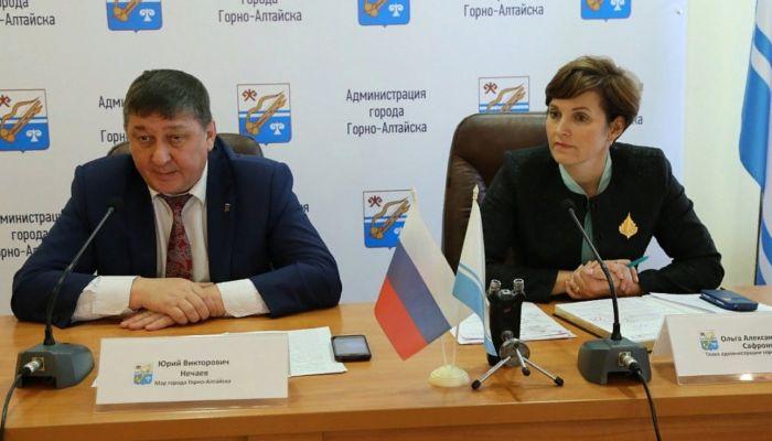 Коронавирус подтвердился у мэра и главы горадминистрации Горно-Алтайска