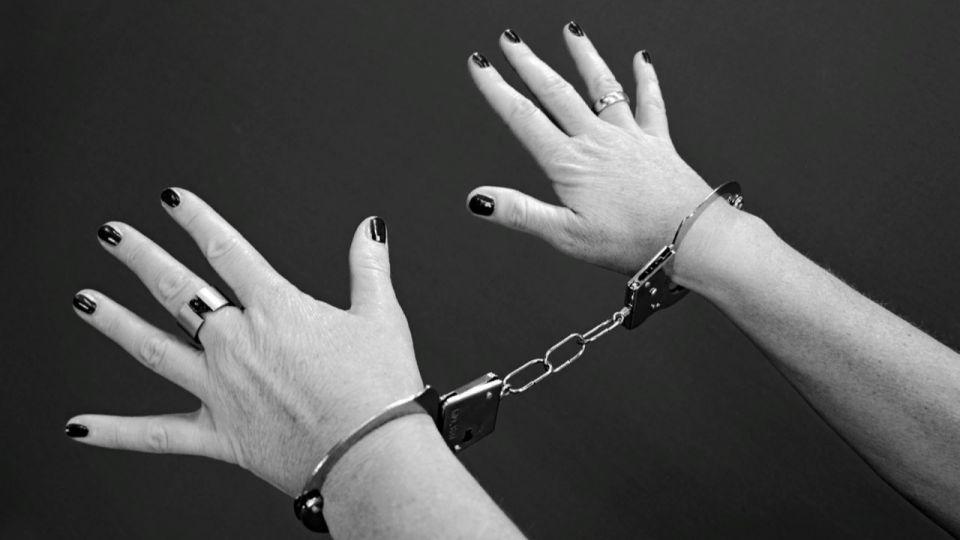 Рубцовчанка случайно убила нетрезвого мужчину, который пришел к ней в гости