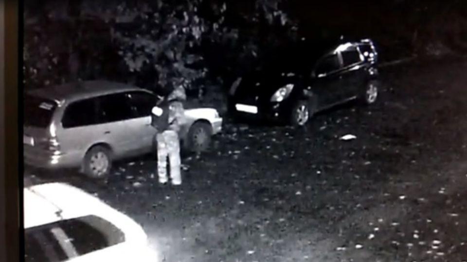 Полиция Бийска разослала новую ориентировку на предполагаемого убийцу девушки