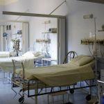 В ТЦ и частном медцентре Барнаула дополнительно развернут 800 ковидных мест
