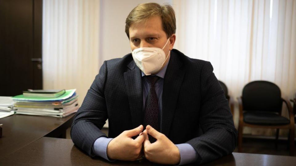 """""""Никого домой не отправили"""": Попов оценил ситуацию с госпитализацией в Барнауле"""