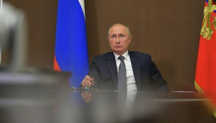 Путин продлил отсрочки по налогам и сборам для общепита